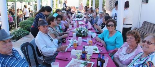 Almuñécar celebró el 25 aniversario del Complejo de la Tercera Edad con una comida de convivencia