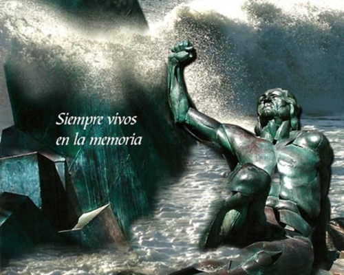 Monumento en La Herradura (Almuñécar) en memoria de los que naufragaron en la mar