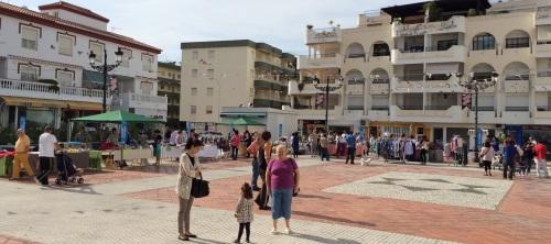 """La Herradura celebró este pasado lunes una """"Street Market"""" en plaza Nueva"""