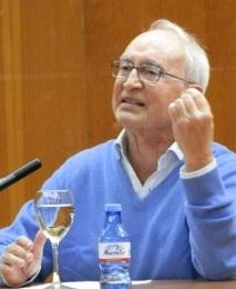 Camilo Lluch Sanz, doctor en Economía, Analista de Inversiones, y profesor jubilado de la Universidad Complutense de Madrid, la Universidad de Barcelona y la Ramón Llull