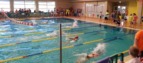 Competición piscina municipal Almuñécar