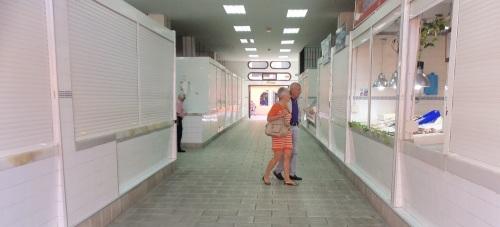 mercado almuñécar pasillos