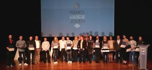 """La Concejalía de Juventud entrega los premios """"Almuñécar Joven 2014"""""""