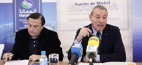 El Presidente de la Autoridad Portuaria, Francisco Álvarez de la Chica, acompañado del Presidente de la Cámara de Comercio de Motril, Ángel Gijón