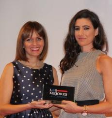 """Beatriz Peñalver recibe el premio de IDEAL """"Los mejores de la Costa Tropical"""""""