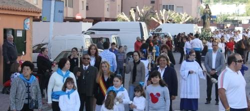 Procesión de la Virgen de la Inmaculada por el barrio de La Carrera de Almuñécar