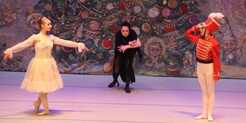 Gran actuación del Ballet de Cámara Nacional de Ucrania en Almuñécar