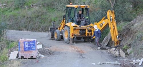 Acondicionamiento y mejora del camino Almenara - Loma del Gato (Almuñécar)