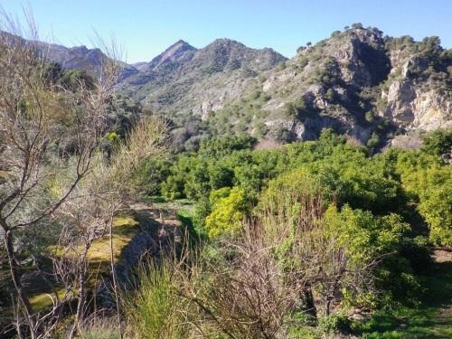 """Vista general de la zona donde está enclavado el """"Machu Pichu"""" Granadino"""