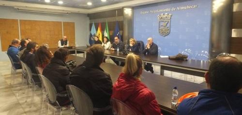 Reunión de la alcaldesa de Almuñécar y miembros del Equipo de Gobierno con trabajadores y empresa de Turismo Tropical, el pasado jueves