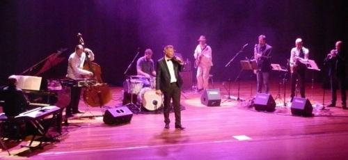 """El público de Almuñécar pudo disfrutar del Jazz con """"One for my Baby"""""""
