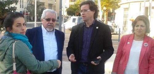 Foto (izq. a dch.): Luci Martín, coordinadora IU Almuñécar, Rafaél Lamelas, director del hotel Helios de Almuñécar, Manuel Morales, ex delegado de Turismo de la Junta en Granada, y Mª Carmen Pérez, candidata por IU al Parlamento Andaluz