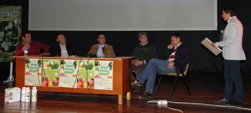 MESA REDONDA SOBRE PRESENTE Y FUTURO SUBTROPICALES EN SEMANA AGRICOLA ALMUÑECAR 15 2