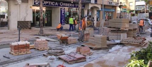 Trabajos de ensolado de la calle Hurtado de Mendoza confluencia con la plaza Madrid
