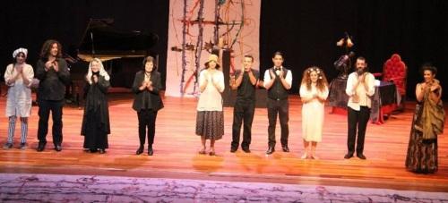 """Éxito de Dionisio Theatre con la obra de Jacinto Benavente """"Cartas de Mujeres"""""""