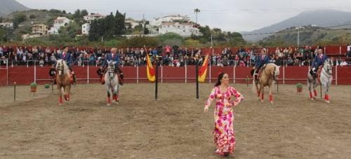 La Herradura celebró con éxito un gran espectáculo ecuestre