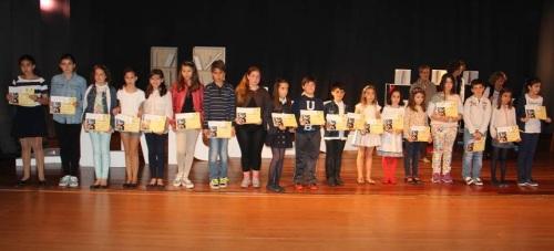 Unos 1.500 alumnos de Almuñécar participaron en el XXXI Certamen Literario Escolar