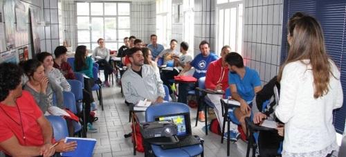 40 jóvenes sexitanos se forman en un curso de Socorrista Acuático y Primeros Auxilios
