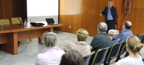 """Interesante conferencia la impartida por el profesor Diego Sevilla Merino sobre """"Nueva educación para nuevos tiempos"""""""