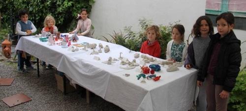 """El Estudio de Arte """"Rosario González"""" de La Herradura celebra una exposición colectiva de pequeños artistas"""