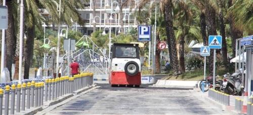 Comienzan los trabajos de asfaltado en Puerta del Mar, lo que normalizará el tráfico con Velilla (Almuñécar)