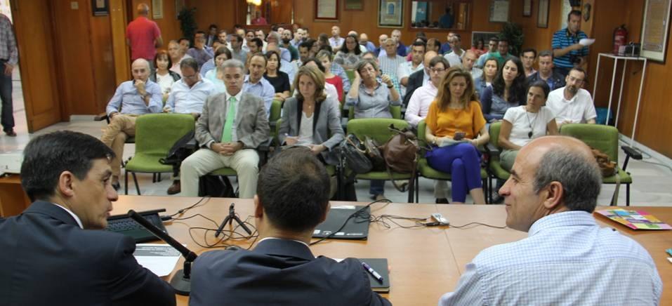 """Almuñécar acogió una """"Jornada sobre Registro de Productos Fitosanitarios en Cultivos Menores Tropicales"""""""