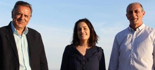 Francisco Fernández (izq.), Luci Martín, y Fermín Tejero, candidatos de IU en las elecciones del 24M