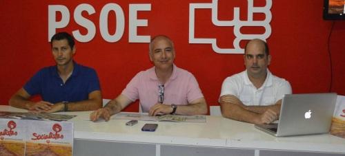 Sergio García Alabarce (en el centro) en rueda de prensa 2