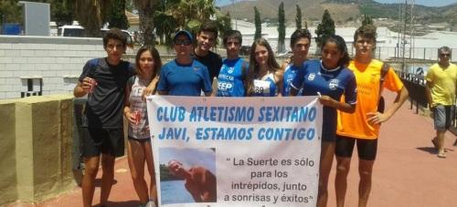 Entrenador y deportistas (Cadetes) del Club Atletismo Sexitano en el control de marcas celebrado en Motril