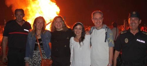 Izq a dcha el Jefe de Bomberos, María Ángeles Escámez, la alcaldesa de Motril, Flor Almón, Alicia Crespo, Francisco Ruiz, y el Jefe de la Policía Local-5 (2)