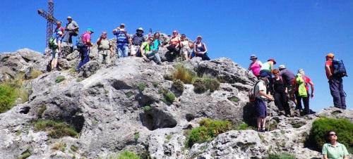 Senderistas sexitanos recorrieron los parajes destacados de la Sierra de Huétor-Alfaguara