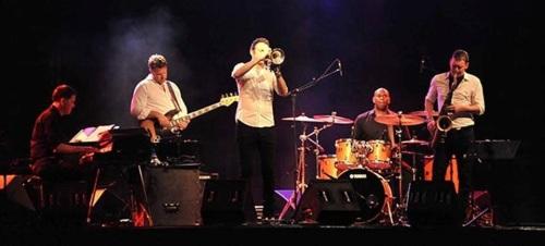 Till Brönner: Magia Sonora en el Festival de Almuñécar