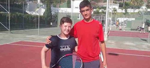 Ramón Manzano gana Torneo de Tenis de Promoción de Almuñécar