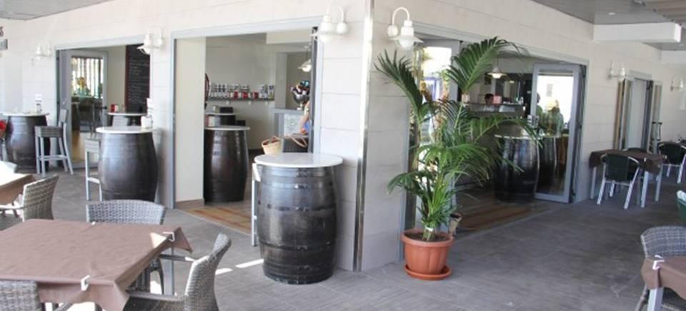La Herradura cuenta ya con un moderno complejo de alojamiento y restauración