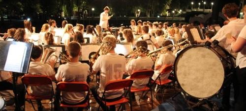 Extraordinario concierto el ofrecido por la Bromley Youth Concert Band en Almuñécar