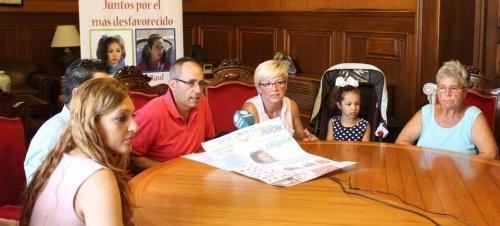 El Ayuntamiento y la 'Fundación Ecoruycan' inician una campaña solidaria de recogida de tapones para la niña motrileña Ingrid Lorenzo
