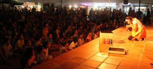 Numeroso público asistió a la apertura del XVII Festival de Títeres