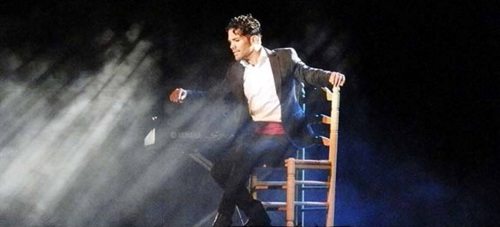 Agustín Barajas triunfó en Almuñécar con su espectáculo Entre Copla y Flamenco