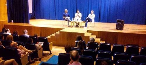 Interesante mesa redonda sobre Periodismo y democracia en España