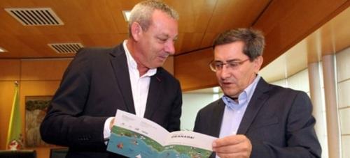 El presidente de la Diputación de Granada, José Entrena, y el presidente del Puerto de Motril, Francisco Álvarez de la Chica