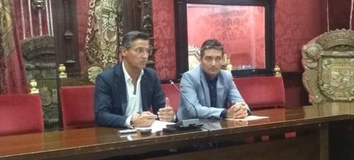 Luis Salvador y Manuel Olivares, en rueda de prensa sobre el eje Málaga - Sevilla
