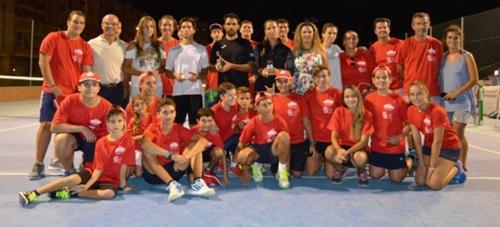 Quino Muñoz y Rocío de la Torre ganadores de la XII Edición del Open de Tenis a la Amistad