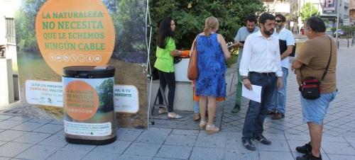 Campaña de reciclaje 'La Naturaleza no necesita que le echemos ningún cable'