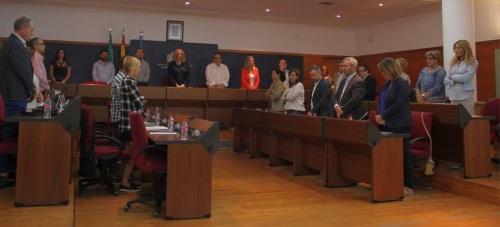 El Pleno guardó un minuto de silencio por las víctimas de la violencia machista