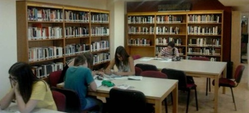 La red Bibliotecas Públicas de Motril organiza actividades para el fomento de la lectura entre todos los colectivos sociales