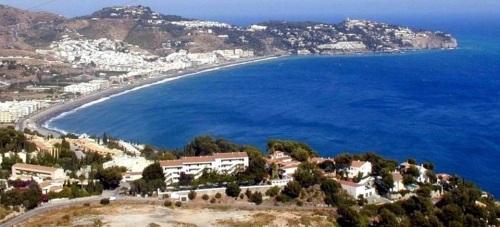 Los andalucistas de La Herradura respaldan mayoritariamente la creación de un ayuntamiento propio