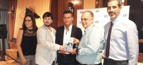 Luis Salvador, en la presentación de su novela en Motril