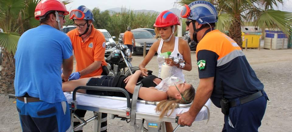 Efectivos de seguridad ciudadana y salvamento en playas realizan con éxito un simulacro en Playa de Poniente