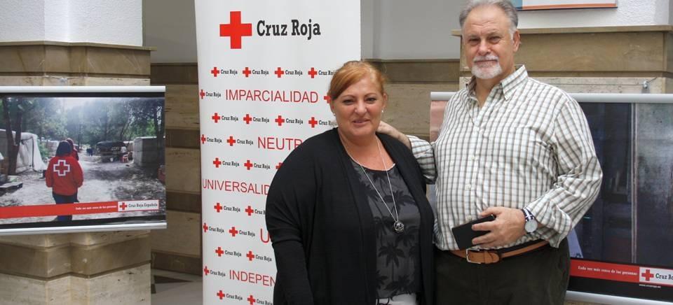El Ayto. de Motril acoge la exposición 'Atención a personas en asentamientos' organizada por Cruz Roja