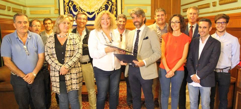El Ayuntamiento de Motril firma un acuerdo de colaboración con el Colegio Oficial de Arquitectos Técnicos de Granada